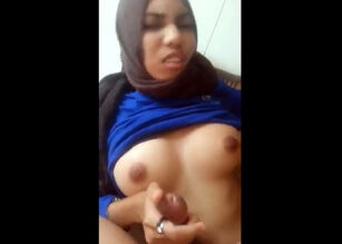 Huge tits homemade